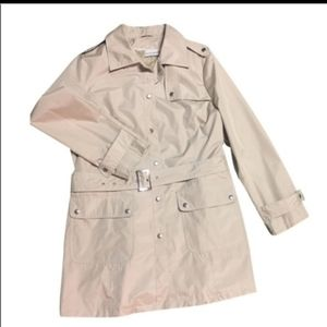 Jaclyn Smith Size Small Trench with belt